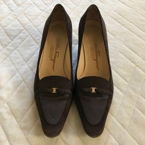 Salvatore Ferragamo Heels w/ Bows Suede Brown 8.5